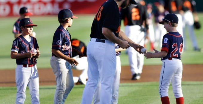 Motivate Children to Play Baseball